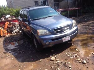 Parting out 03 Kia Sorento 3.5l!!