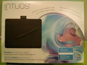 WACOM Intuos Graphic Drawing Tablet Black ~ Like NEW w/ Box