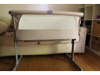 Next to Me Bedside Chicco Crib £80