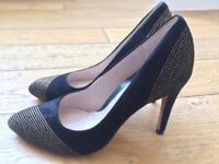 Black High Heel Clarks Size 5