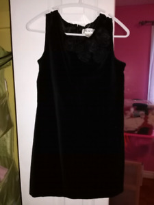 Size 4 childrens place velvet black dress