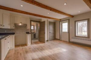 Fermette Saint-Lazare: logement de 2 chambres à coucher à louer