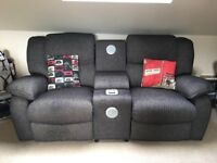 Lazy Boy 2 Seater Power Sound Electric Recliner Sofa - Motown Collection (Mission Black)