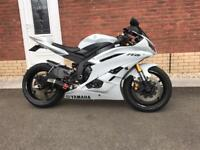 2006 Yamaha YZF (2CO) R6 injection (remap - trick bits - low mileage - private plate) ice white