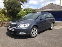 Skoda Octavia Estate 2.0L Tdi Manual, VERY LOW MILEAGE, towbar, excellent condition, one owner