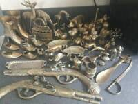 JOBLOT OF COLLECTABLE VINTAGE & ANTIQUE BRASS ORNAMENTS