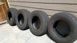 4 Toyo almost new Tires 265/70/R16  112H