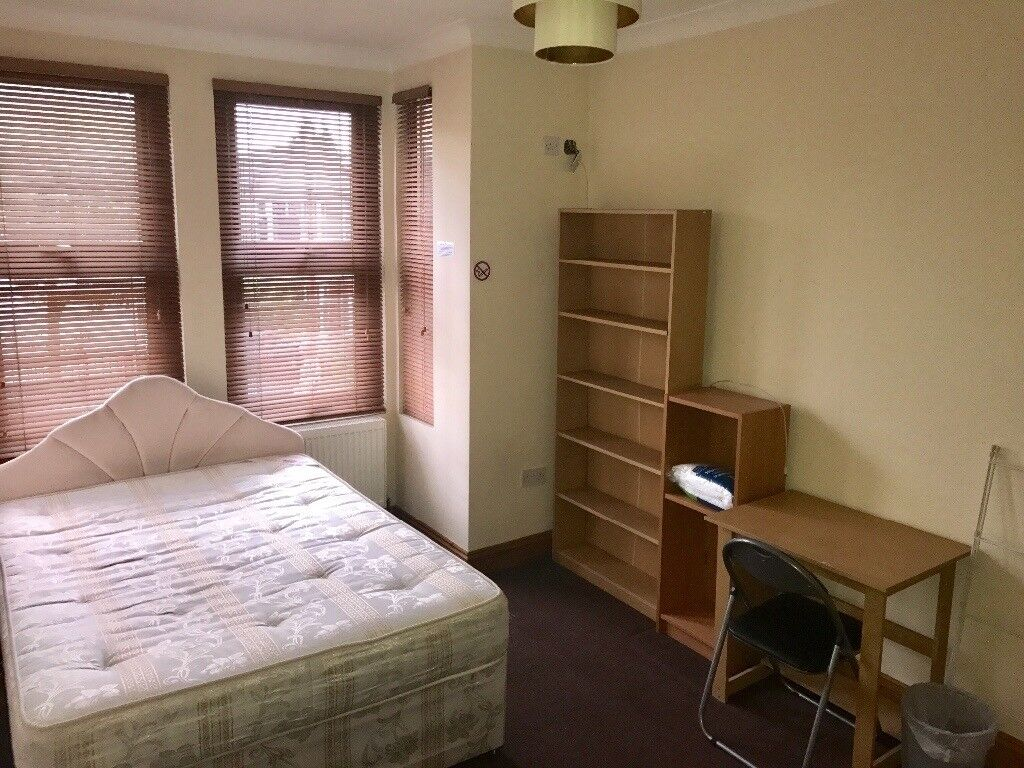Ilford IG1- House share, Rooms for rent.