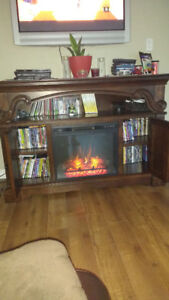 Gorgeous TV Entertainment Price Reduced To Sell**solid wood