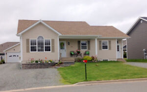 Antigonish - 4 bed/3 bath with basement apt to offset Mortgage!!