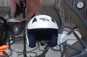 S-max helmets