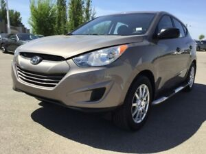 2013 Hyundai Tucson GLS AWD Accident Free,  Heated Seats,  Bluet