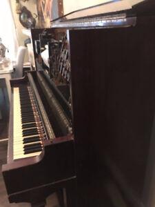 piano antique mecanique