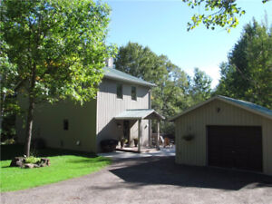 4bdrm home for rent with access to Calabogie Lake