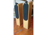 Bowers Wilkins B&W CDM 7NT speakers. Located London SE19