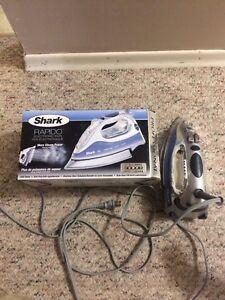 Shark Electronic Iron, Like New!
