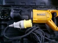 DeWALT DWE305PK Reciprocating Saw Recip Sabre Saw 1100w as new 110v