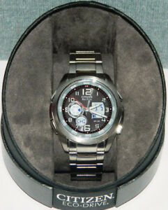 CITIZEN ECO DRIVE STAINLESS STEEL U200 SPORT WATCH LINK BRACELET