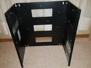 Hammond 12U Wall Rack 19""