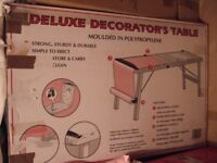 Acorn Deluxe Decorators Table