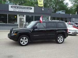 2012 Jeep Patriot Limited,LEATHER!! SUNROOF!! NAVIGATION!!