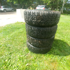 Selling 4 winter tyres