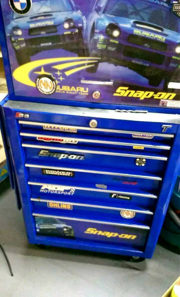 SNAP ON ROLL CAB AND TOP BOX SUBARU IMPREZA WRC SPECIAL EDITION ALL IN EXCELLENT CONDITION