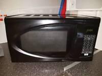700w Digital Microwave