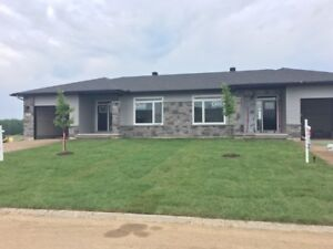 NEW CONSTRUCTION SEMI-DETACHED BUNGALOW IN RENFREW