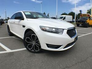 2016 Ford Taurus SHO,Low Kms+Navigation+Sunroof