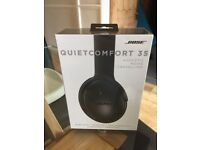 New & Sealed - BOSE QuietComfort 35 QC35 Noise Cancelling Bluetooth Wireless Headphones - Black