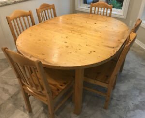 Solid Pine Six Chair And Table Set With 2 Leafs