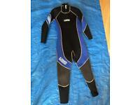 Wetsuit. Ladies. Size 10/12