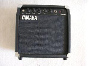 Yamaha HY-10G II Budokan  Amp