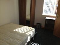 - CLOSE TO BANK STATION - GREAT DEAL -
