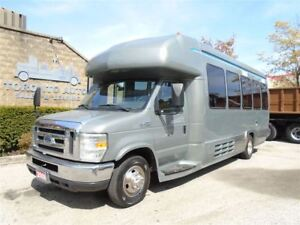 2008 Ford E-450 Starliner 25 pass Bus,Automatic,Regular brakes.
