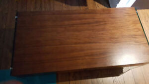 STRUCTUBE COFFEE TABLE MINT CONDITION