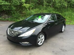 2011 Hyundai Sonata Beautiful Car!