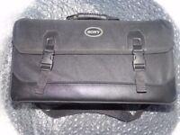 Sony FDR-AX1E Digital 4K Professional Video Camera Recorder + Bag and Extras
