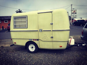 Looking for Trillium, boler, scamp, or other 13-17' trailer