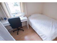 Double Bed in Room for rent in 2-bedroom flatshare in Barnsbury, Islington.