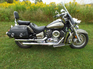2005 yamaha vstar 1100  sale or trades