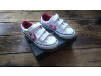 Converse Girls Shoes New in Box