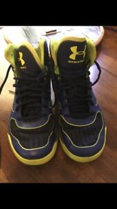 Under Armour Sneakers size 8 men's