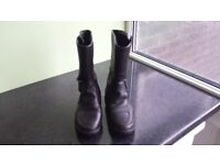 Akito Leather Motorbike Boots size 3 Great Condition