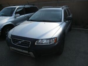 2005 Volvo XC70 2.5T A AWD | Leather | Sunroof | Heated Seats