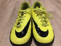 Size 5.5 Nike Football Astro Shoes