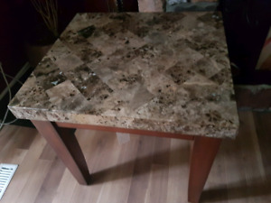 Corner table/coffee table