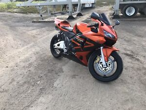 2005 Honda cbr600rr! Mint condition & ready to ride!