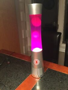 Lava lamp with built in Bluetooth speaker